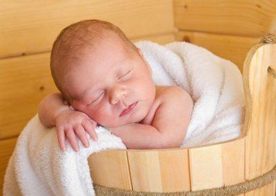 Inhalationstheraphie für Babys